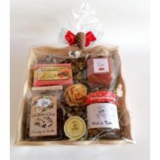 cesto regalo in legno con confettura, miele, candela in cera, tisana - grande